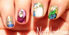 Disney Sword-in-the-Stone-Nails Manicure