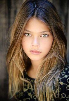 Laneya Grace hermosa modelo de ojos ambar - Taringa!