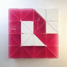 """B"" • #cinema4d #c4d #maxon #octane #octanerender #otoy #photoshop #adobe #design #3D #graphicdesign #digitalart #3dart #abstractart #abstract #geometric #gsgdaily #render #designboom #type #typography #typo #designinspiration #36daysoftype #36days_b #B @36daysoftype"