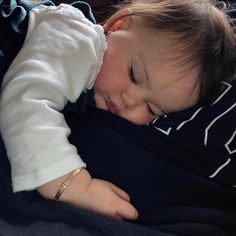 Find images and videos about baby on We Heart It - the app to get lost in what you love. So Cute Baby, I Want A Baby, Baby Kind, Cute Baby Clothes, Cute Kids, Cute Babies, Cute Baby Pictures, Baby Photos, Baby Tumblr