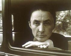Alfred Steiglitz - Photographer  Georgia O'Keefe (1932)