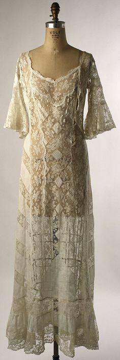 Vestir-a-la-Moda. --Morning dress, American (probably), linen and cotton Robes Vintage, Boho Vintage, Vintage Dresses, Vintage Outfits, Edwardian Clothing, Antique Clothing, Historical Clothing, 1900s Fashion, Edwardian Fashion