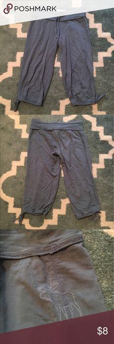 Abercrombie & Fitch Capri Sweatpants A&F blue capri sweatpants, worn. Abercrombie & Fitch Pants