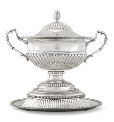 A silver tureen, Gotthard Ferdinand Stang, St Petersburg, 1818 | Lot | Sotheby's