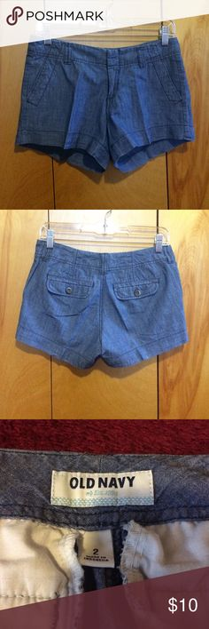 """Old Navy Jean Shorts Jean shorts size 2. Worn 5-6x. Flat waist measures 14.5"""". Rise measures 8"""" and full length measures 10"""" in front and 12"""" in back. Shorts have 4 pockets, 2 with buttons in back and 2 without in front as pictured. Old Navy Shorts Jean Shorts"""