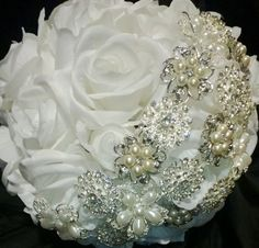 Hey, I found this really awesome Etsy listing at https://www.etsy.com/listing/155707283/brooch-bouquet-white-rose-brooch-bouquet