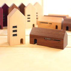 Puertos USB de diseño en madera que simulan lo que no son|Espacios en madera