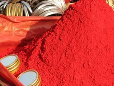 Vermillion is similar to scarlet, but slightly more orange. This is sindoor, a red cosmetic powder used in India. Hindu women put a stripe of sindoor in their hair to show they are married. Glitter Lipstick, Collor, Color Powder, Lip Stain, Belleza Natural, Color Of Life, Red Poppies, Pintura, Hinduism