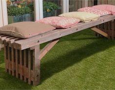 Giv haven et rustikt look med en trallebænk - bygogbolig Home Decor Furniture, Outdoor Furniture, Outdoor Decor, Picnic Table, Sun Lounger, Gardening Tips, Inspiration, Design, Plads