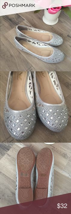 Sparkly Crystal Rhinestone Wedding Flats Shoes Brand New with box. size 8 Sparkly Flats. They have never been worn, comes with stickys. Embellished with rhinestones and crystals, these are the perfect Flats for special occasions like weddings, and parties! Shoes Flats & Loafers