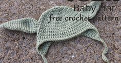 A friend recently asked me to make a Yoda hat for her baby boy, and my search for the perfect free pattern came up short. Many were pa...