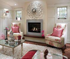 Espejo, chimenea y rosa, muy. Acogedor