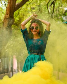 Holi Pictures, Holi Images, Girl Pictures, Holi Festival Of Colours, Holi Colors, Festival Photography, Girl Photography Poses, Happy Holi Photo, Colors