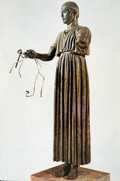Charioteer of Delphi - Early Classic Period (Archaeological Museum of Delphi, Greece)