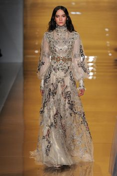 Look at those details! '70s boho princess.. Reem Acra at New York Fashion Week Fall 2015 #nyfw