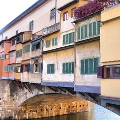 We love the unique #architecture of the Ponte Vecchio in #Florence, #Italy!