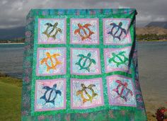 Sea Turtle applique quilt love the colors