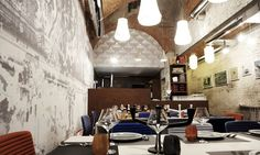 Industria Firenze Restaurant - Firenze: Industria Firenze Restaurant: antipasto, pizze speciali a scelta, dolce e calice di vino o birra (sconto fino 67%)