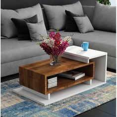 Wooden Coffee Table Design to Service You Declutter - The perfect blend of style and function, these wooden coffee table ideas will take over your room design very quickly. Perfect for wooden furniture lover! Centre Table Living Room, Table Decor Living Room, Living Room Sofa Design, Center Table, Centre Table Design, Tea Table Design, Wood Table Design, Home Decor Furniture, Table Furniture