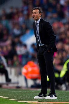 Head coach Luis Enrique Martinez of FC Barcelona gives instructions during the La Liga match between FC Barcelona and Real Sociedad de Futbol at Camp Nou stadium on April 15, 2017 in Barcelona, Catalonia.
