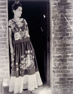 1930's Mexican woman 7th Grade English, Esperanza Rising, Kids Lighting, Ansel Adams, Photography Women, Doorway, Lace Skirt, Culture, Woman