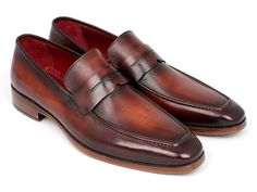 Penny loafer men's slip-on shoes Bordeaux and brown hand painted calfskin leather upper Antique finished leather sole Bordeaux leather lining and inner soleThis is a made-to-order product. Please allow 15 days for the delivery. Tommy Bahama, Penny Loafers, Loafers Men, Chelsea Boots Style, Men's Shoes, Dress Shoes, Mens Slip On Shoes, Desert Boots, Leather Shoes