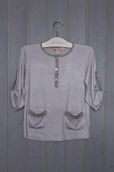 Camiseta Delfina de la colección Primavera Verano 2011 de Miss Valentina