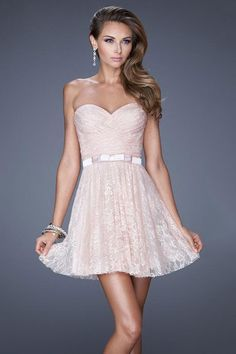 2015 Sweetheart A Line Homecoming Dress Short/Mini Lace With Ruffle And Ribbon