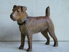 cast metal vintage dog