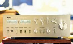 Yamaha CA-2010 Vintage Audio HiFi Stereo (fb)
