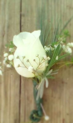 grooms boutonniere with blue fescue & lavender