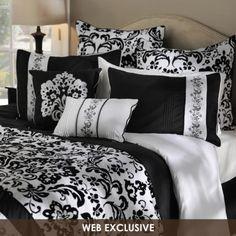 Black and White #kirklands #beautifulbedrooms #blackandwhite