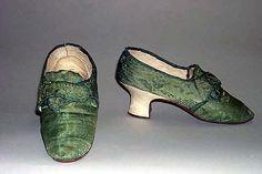 Slippers, British, 1770-89. Silk. Metropolitan Museum of Art.
