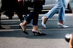 #StreetStyle: MFW Otoño-Invierno 2017 - Kitten Heels de Dior | Galería de fotos 126 de 242 | VOGUE