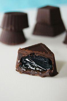 Oregano & cynamon: Błękitne galaretki w czekoladzie