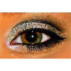 Glitter eyemakeup