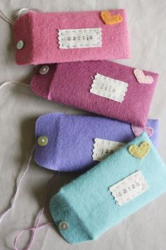 76 Crafts To Make and Sell - Easy DIY Ideas for Cheap Things To Sell on Etsy, Online and for Craft Fairs. Make Money with These Homemade Crafts for Teens, Kids, Christmas, Summer, Mother's Day Gifts.    Felt Envelopes     diyjoy.com/crafts-to-make-and-sell