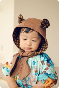 Hoodie scarf with ears. Sewing Patterns For Kids, Sewing For Kids, Baby Patterns, Diy For Kids, Animal Costumes, Face Masks For Kids, Cute Hoodie, Crochet Baby Hats, Animal Crafts