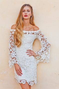 PERSONALIZED SHOPPING EXPERIENCE  For the laid-back bride, Dreamers & Lovers creates effortless dresses. She can try it before she buys it.