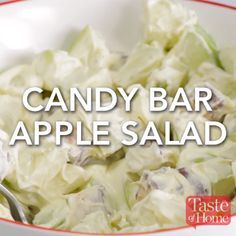 Candy Bar Apple Salad Recipe- cook the apples and then add it to the pudding I Love Food, Good Food, Yummy Food, Tasty, Clean Eating Snacks, Healthy Snacks, Dinner Healthy, Apple Salad Recipes, Fruit Appetizers