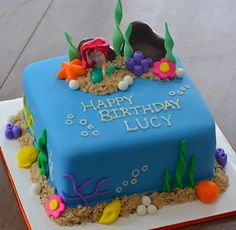under the sea little mermaid ariel birthday cake - fondant cakes by Meggie | www.littlebitesandlittledetails.com