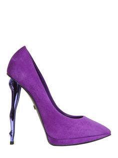 Dukas pumps in deep purple Pumps Heels, Stiletto Heels, Stilettos, High Heels, Purple Shoes, Purple Rain, Deep Purple, Shoe Room, Olivia Munn