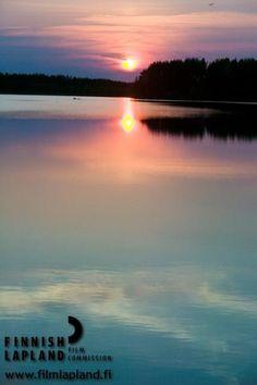 Sunset in the city of Rovaniemi, Finnish Lapland. #filmlapland #finlandlapland #arcticshooting