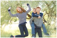 Family Photos #samandkatephotography #familyphotos #love #cuteoutfits #photoshootoutfitideas #kids