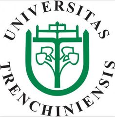 Zamestnanosť absolventov TnUAD radí školu medzi TOP 10 univerzít  SR Top, Crop Shirt, Blouses