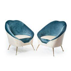 Coppia di poltroncine a pozzetto bicolori made in Italy azzurro e avorio in tessuto e metallo.  #modernism #vintage #interiordesign #design #vintagedesign #chairs #armchairs #spazio900design #antiquariato #modernariato #poltrone #madeinitaly #nofilter