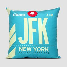 Airport Tag English designer Neil Stevens designed a series of pillows that look just like airport luggage tags. Vintage Luggage, Vintage Travel, Vintage Suitcases, Vintage Market, Airport Luggage, Kennedy Airport, 21 Things, Geek Things, Random Things