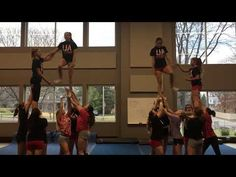 High School Cheerleading, Cheerleading Bows, Volleyball Quotes, Volleyball Drills, Cheer Coaches, Volleyball Players, Cool Cheer Stunts, Cheer Pyramids, Cheer Dance Routines