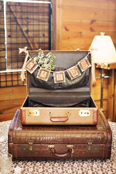 Luv this idea!Using an old suitcase or trunk to collect your cards! Add a pennant banner and some flowers or maybe some candid pics of you and ur hubby...cant go wrong! Vintage Suitcase Wedding, Rustic Card Box Wedding, Vintage Wedding Cards, Card Table Wedding, Wedding Boxes, Wedding Ideas, Trendy Wedding, Wedding Shot, Wedding Card Holders