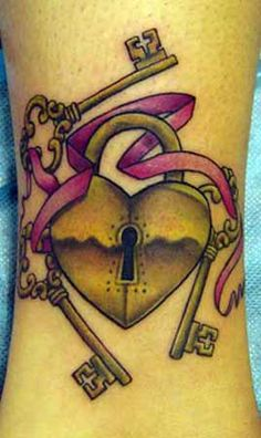 Padlock & Key 002 http://www.zhippo.com/OuterLimitsTattooHOSTED/images/gallery/Heart-Lock-Tattoo-M.jpg